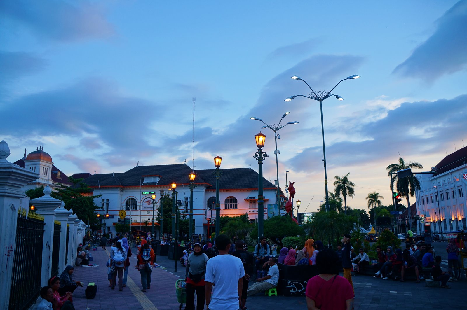 Tempat-Belanja-Asik-Di-Yogyakarta-Untuk-Para-Shoppaholic.jpg