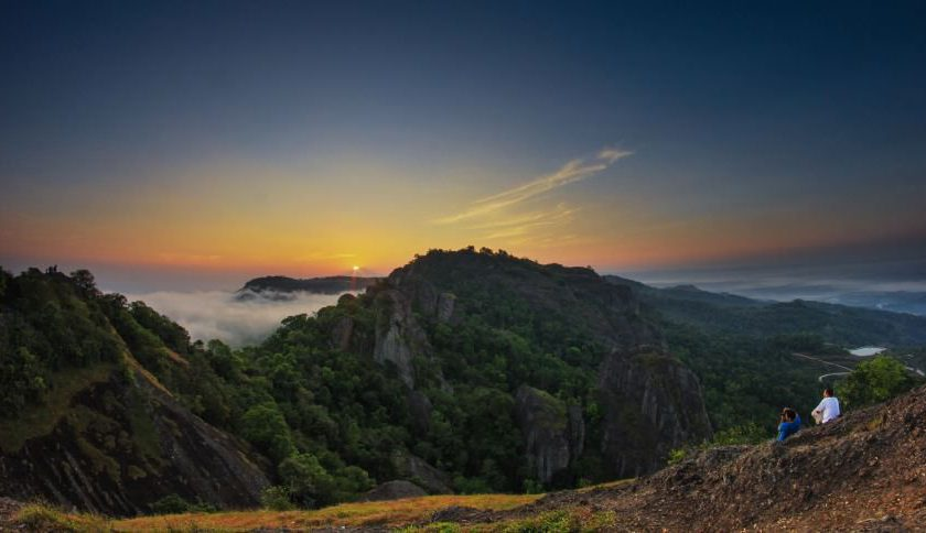 gunung-api-purba-nglanggeran-sunrise