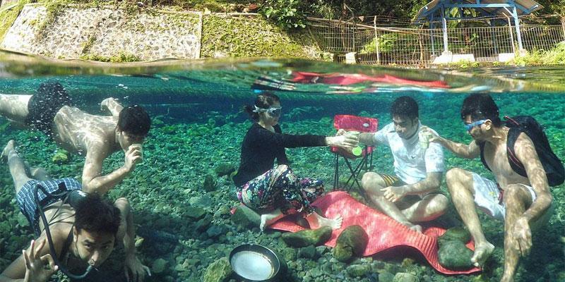 Mata Air Kasumber, Spot Berburu Foto Underwater yang Populer di Jawa Barat
