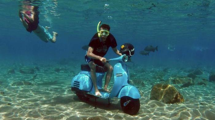 Taukah Anda? Ternyata, Begini Cara Menurunkan Motor di Umbul Ponggok Klaten sehingga Tercipta Fotografi unik dibawah air