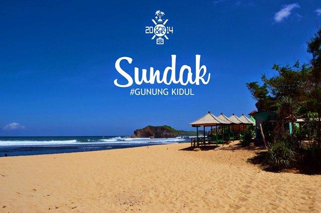 Berkunjung ke Pantai Sundak