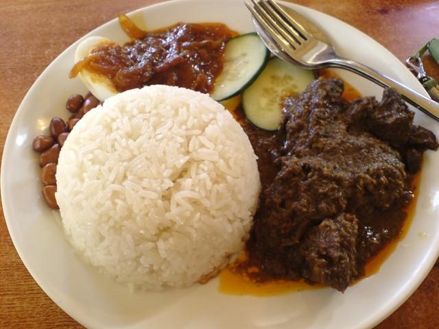 Makanan Khas Padang Yang Wajib Kamu Coba