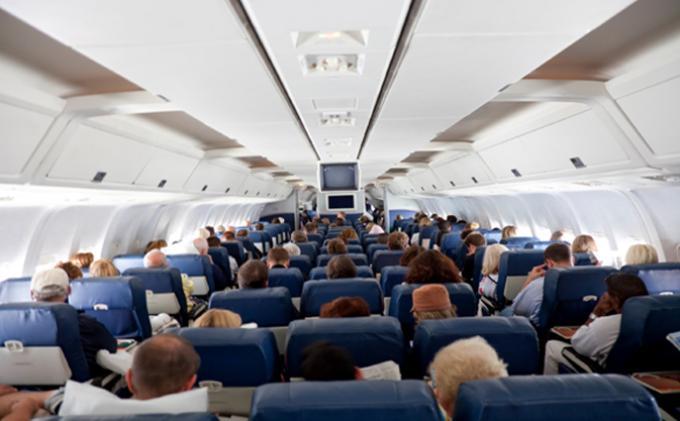 penumpang-pesawat-ngeselin