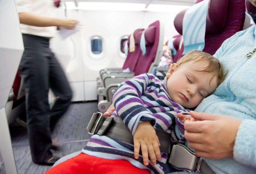 Peraturan Bayi Naik Pesawat Menurut Beberapa Maskapai di Indonesia!