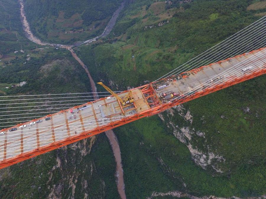 jembatan-tertinggi-di-china-1