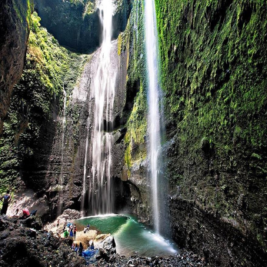 Madakaripura, Air Terjun Cantik Yang Sayang Untuk Dilewatkan Saat Ke Bromo