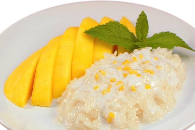 mango-sticky-rice-atau-khao-niew-mamuang