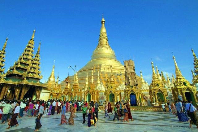 Pagoda Swhedagon di Myanmar