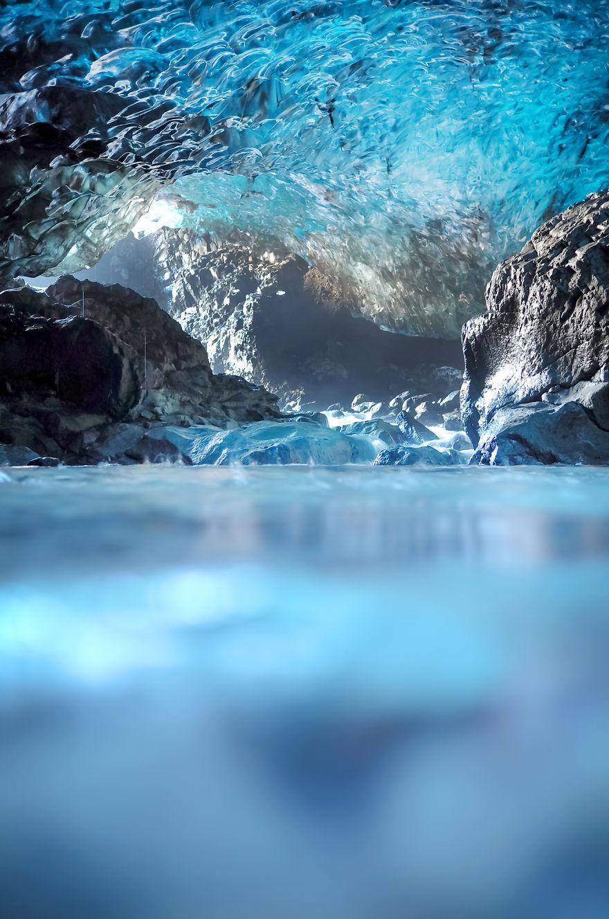 jelajah gua es