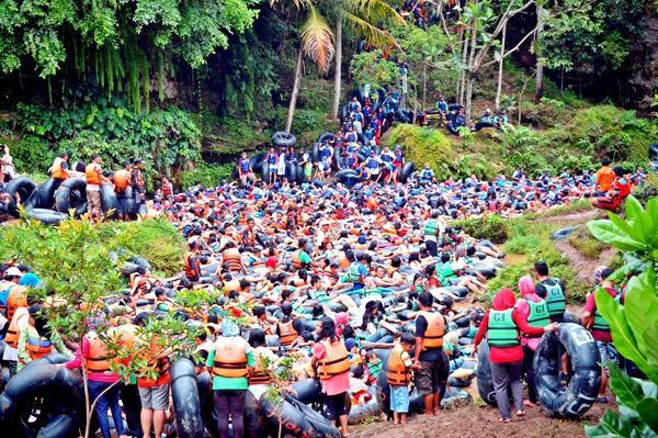 Goa pindul dipenuhi wisatawan image yukpiknik.com