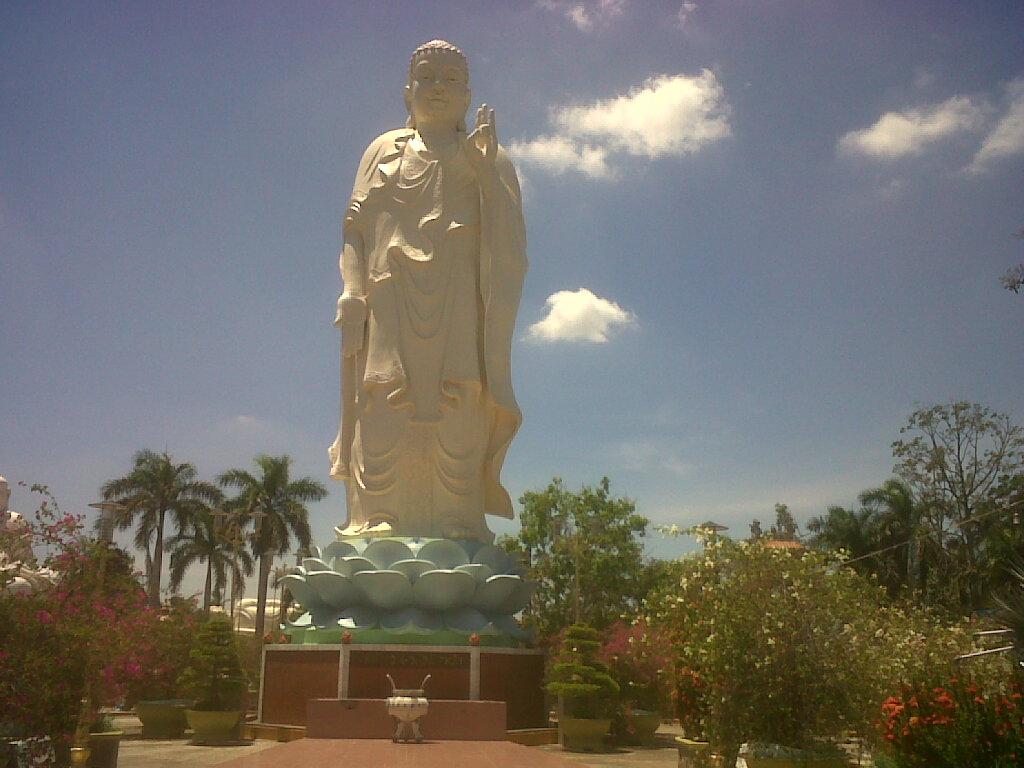 Buddha Memberkati
