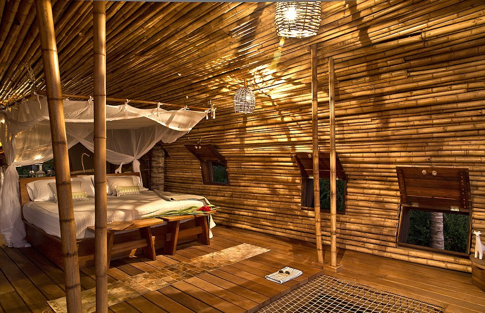 Tempat tidur yang cukup untuk dua orang