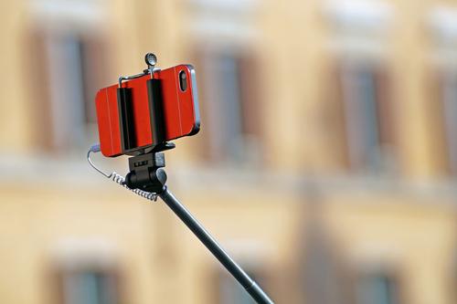 selfie-stick-3