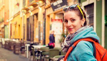 Tips Menjaga Kesehatan Saat Travelling