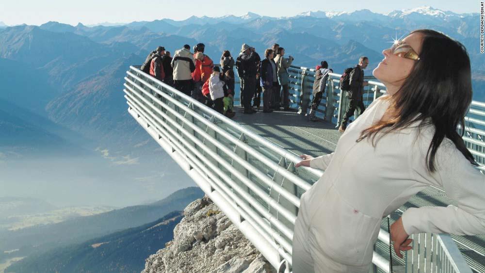130902141451-platforms-dachstein-glacier-horizontal-large-gallery