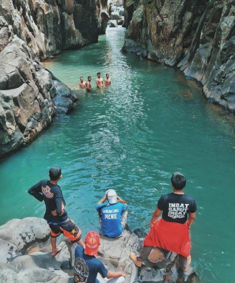Leuwi Jurig, Destinasi Tersembunyi nan Indah di Garut