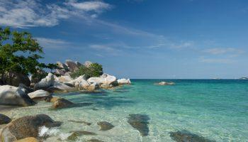 pantai indah nan cantik di belitung