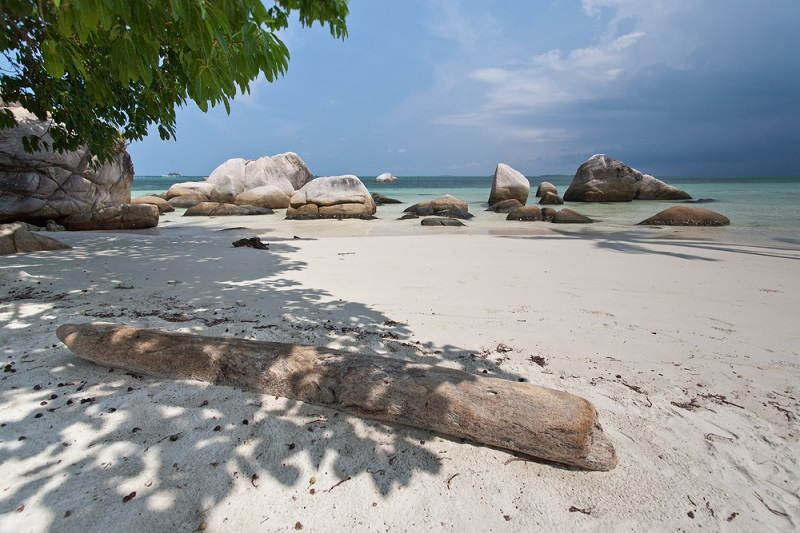 tropical-beach-bintan-1