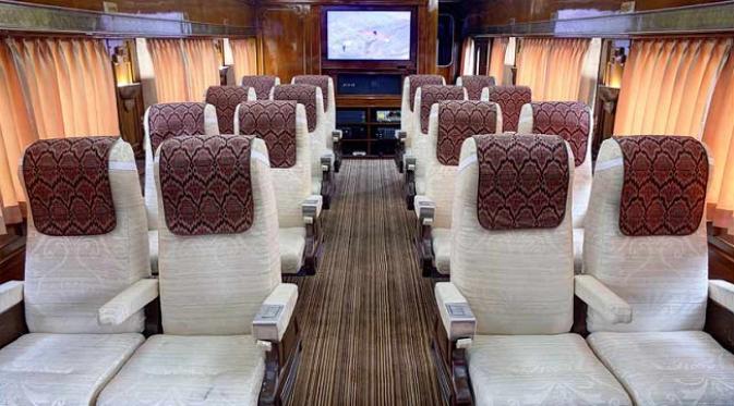 Nikmati Perjalanan Mewah dengan Kereta Wisata