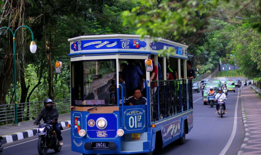 Bus Wisata Bogor
