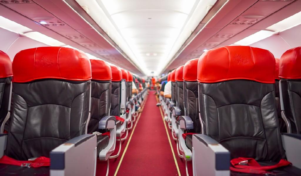 Drama Kabin Pesawat yang Bikin Warganet Ramai