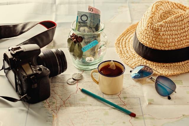 barang bawaan para traveler (8)