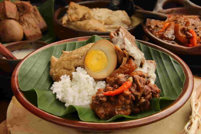 8 Nasi Gudeg Paling Enak di Jakarta yang Harus Kamu Cicipi