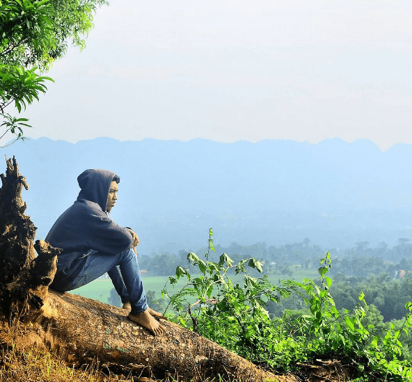 Objek Wisata Baru Bukit Brukoh Pamekasan yang Tawarkan Pesona Indah Pulau Madura