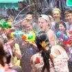Festival Perang Air Selatpanjang Riau