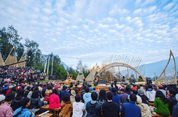 Jazz Gunung Bromo 2017, Pertunjukan Musik Anti Mainstream yang Beratapkan Langit