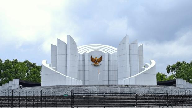 wisata bandung monumen perjuangan bandung
