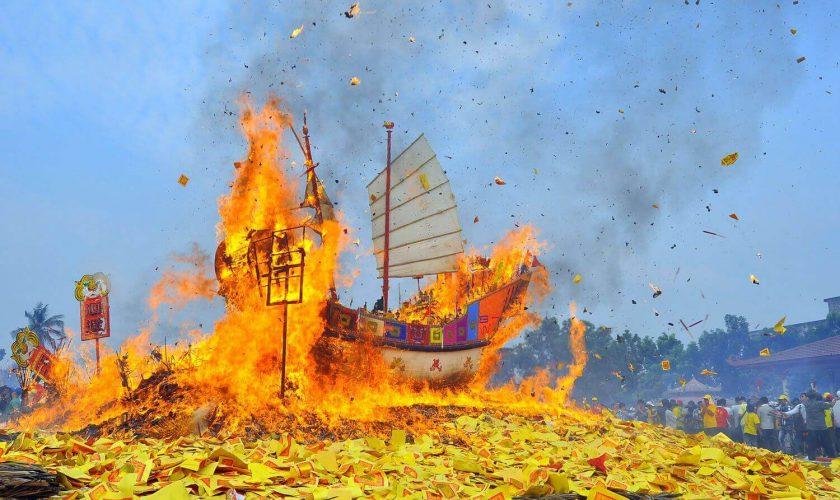 festival bakar tongkang 2