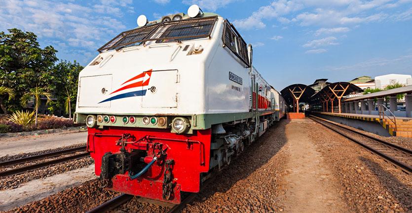 7 Cara Memilih Tempat Duduk Kereta Api Ekonomi AC untuk Mudik