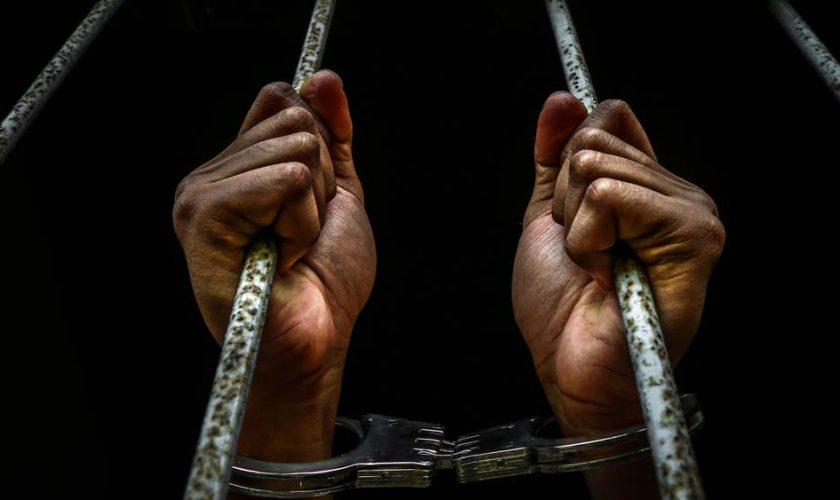 masuk-penjara-di-luar-negeri-1