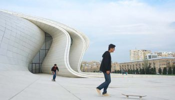 Heydar-Aliyev-cultural-center-Reservasicom