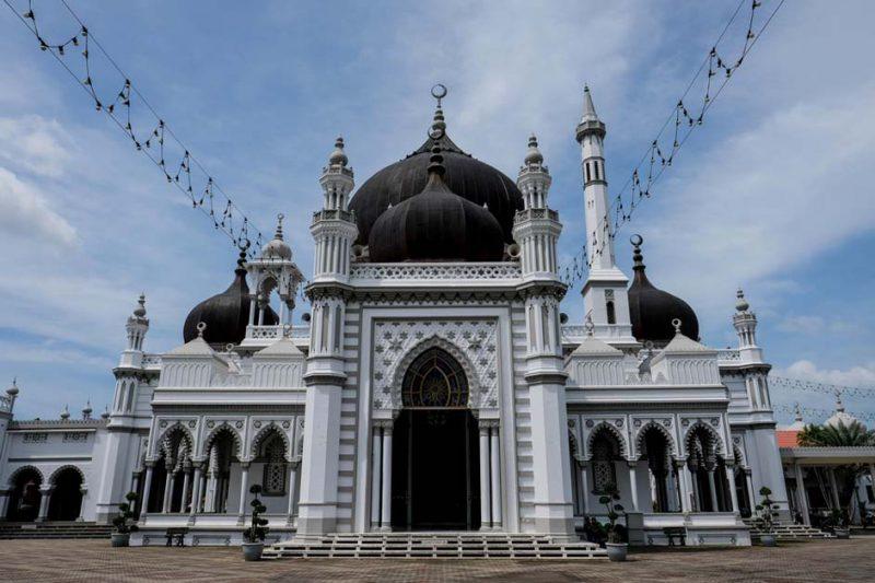 masjid di malaysia