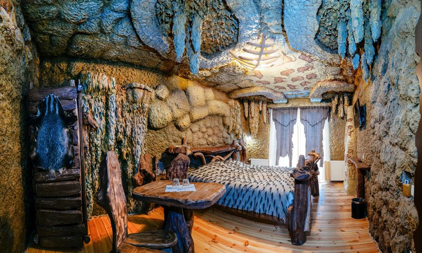 cave-hotel-1