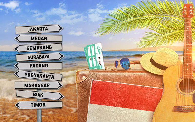pantai-paling-hits-di-Indonesia-1