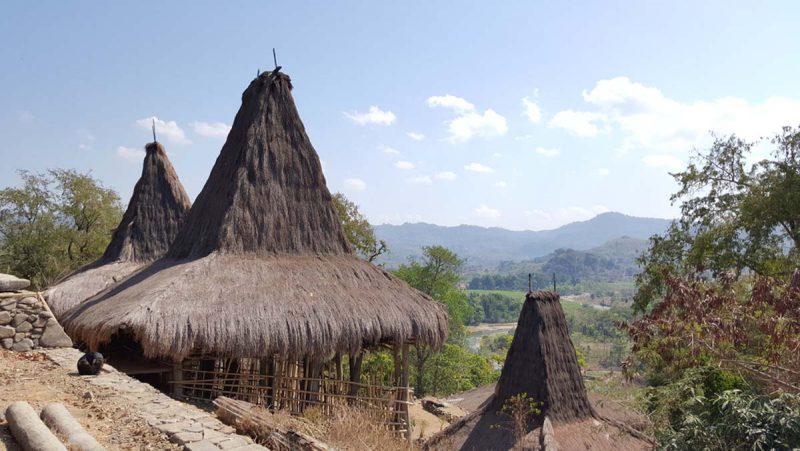 kampung adat di sumba nusa tenggara