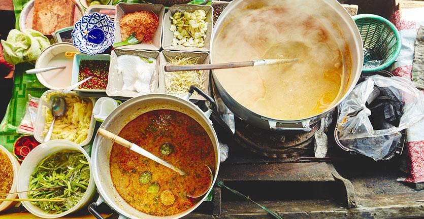 makanan enak di bangkok thailand