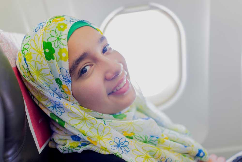 Mau Naik Saudi Airlines Harus Gunakan Pakaian Sesuai Syariat