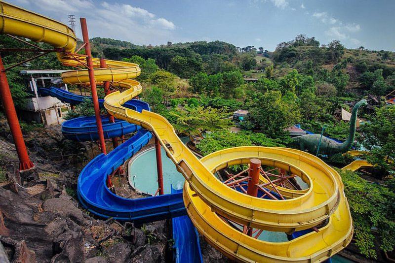 Wisata air Semarang Jungle Toon Waterpark