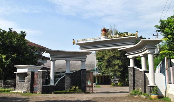 Tempat-Wisata-Taman-Budaya-Raden-Saleh-Semarang