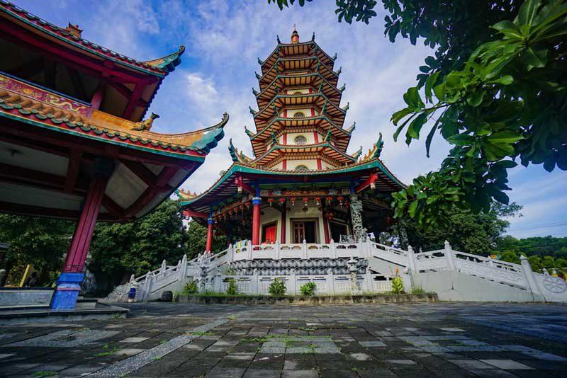 Wisata Semarang Pagoda Avalokitesvara Buddhagaya Watugong