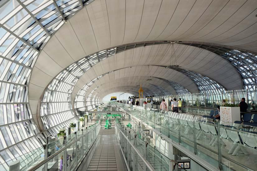 10 Bandara Terbaik Menurut Pramugari