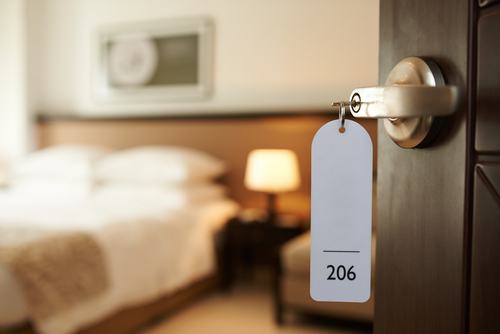 Ini Hal Pertama yang Harus Kamu Periksa Saat Masuk Kamar Hotel