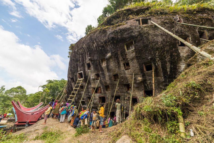 7 Kuburan Tercantik di Dunia yang Juga Jadi Tempat Wisata