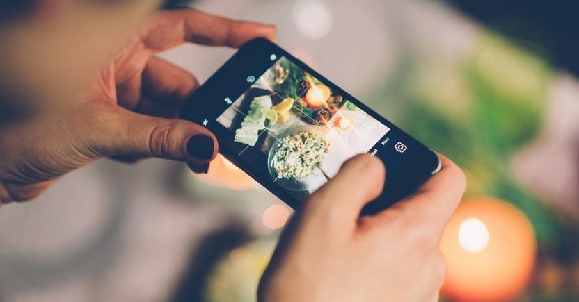 5 Tips Menghasilkan Foto Makanan Instagramable dengan Handphone