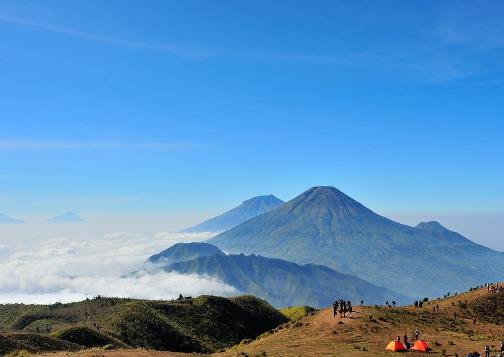 Daftar Gunung Indonesia yang Ditutup Tahun 2018