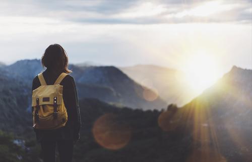 7 Hal yang Wajib Dilakukan Supaya Bisa Traveling Tahun 2018